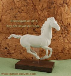 2014 Año del Caballo y el elemento Madera 2014 Year of the Horse & Wood element.