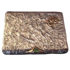 Russian Reticulated Silver, Gold and Crysoprase Presentation Cigarette-case. Mee-ouch!!