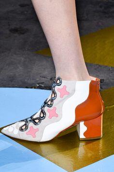 A shoe Nicholas Kirkwood designed for Peter Pilotto's show. Photo: Imaxtree