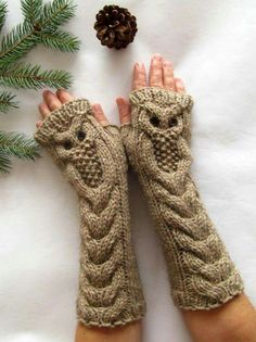 Owl Alpaca Light Brown Beige Long Hand Knit Cable Pattern Fingerless Gloves, available at SheepyFibresEtc on Etsy (no pattern) Fingerless Gloves Knitted, Crochet Gloves, Knit Mittens, Knit Or Crochet, Knitted Hats, Knitted Owl, Loom Knit, Crochet Pattern, Cable Knitting Patterns