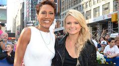 PHOTO: Country singer Miranda Lambert talks with Robin Robert on Good Morning America, June 3, 2014.