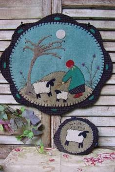 Wool Penny Rug, Reets' Rags to Stitches 'Kind Little Shepherdess'