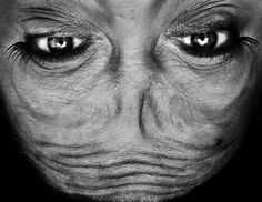 Bizarre Close-Up Photographs Of Human Faces Taken Upside Down - DesignTAXI.com, Anelia Loubser