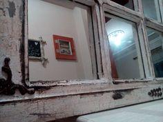 παλιό ξύλινο παράθυρο.... καθρέφτης παλαιωμένος με κρακελεέ και πατίνα !! σαν καινούργιο! Mirror, Furniture, Home Decor, Decoration Home, Room Decor, Mirrors, Home Furnishings, Arredamento, Interior Decorating