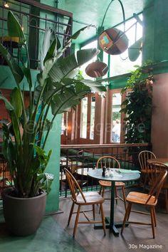 Magazine - Bar Botanique in Amsterdam Decoration Restaurant, Deco Restaurant, Restaurant Concept, Restaurant Interior Design, Shop Interior Design, Cafe Design, Retail Design, Cuban Restaurant, Botanical Interior