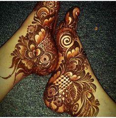 Made by Shazma Memon Leg Henna Designs, Khafif Mehndi Design, Rose Mehndi Designs, Mehndi Design Pictures, Mehndi Designs For Girls, Dulhan Mehndi Designs, Beautiful Mehndi Design, Latest Mehndi Designs, Wedding Mehndi Designs