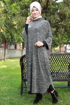 Kapşonu Birleşik Panço BH2154-S Haki Long Dress Fashion, Abaya Fashion, Skirt Fashion, Fashion Outfits, Islamic Fashion, Muslim Fashion, Mode Abaya, Hijab Style, Islamic Clothing