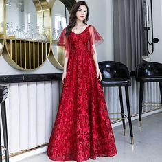 5220d5897d Piękne Burgund Sukienki Wieczorowe 2019 Princessa V-Szyja Frezowanie Z  Koronki Kwiat Kótkie Rękawy Bez