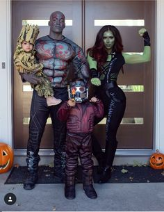 11 Best Group Halloween Costumes for Families 11 Best Group Halloween Costumes for Families! The post 11 Best Group Halloween Costumes for Families appeared first on Halloween Costumes. Costumes Avengers, Marvel Halloween Costumes, Best Group Halloween Costumes, Halloween Costumes For Kids, Halloween Outfits, Group Costumes, Zombie Costumes, Halloween Halloween, Superhero Family Costumes