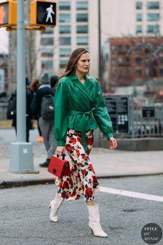 Alla Kostromichova by STYLEDUMONDE Street Style Fashion Photography NY FW18 20180209_48A3491