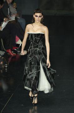 Alexander McQueen Spring 2002