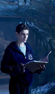 Gotham 2x13 - Bruce Wayne (David Mazouz) HQ
