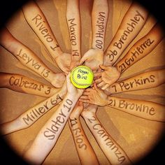 Ideas For Sport Basketball Photography Volleyball Team Softball Coach Gifts, Softball Party, Softball Crafts, Girls Softball, Softball Players, Softball Stuff, Softball Shirts, Softball Cheers, Softball Drills
