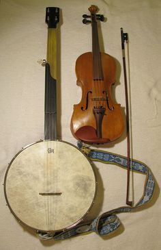 fiddle and banjo by michelanious, via Flickr