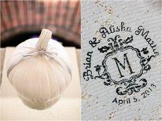 Cute wedding idea - make a logo for your wedding!
