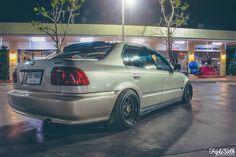 Honda Civic Sedan, Honda Civic Si, Bobber, Photography Poses Women, Japanese Cars, Jdm Cars, Euro, Classic Cars, Automobile