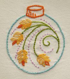 free felt ornament patterns | ... Embroidery Pattern Set 1- Free Embroidered Christmas Ornament Pattern