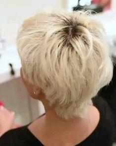 Funky Short Hair, Short Grey Hair, Short Hair Older Women, Haircut For Older Women, Short Hair Styles Easy, Short Hair With Layers, Medium Hair Styles, Short Hair Cuts For Women Over 50, Short Hair Over 60