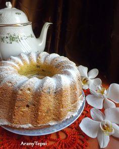 AranyTepsi: Túrós-aszalt vörös áfonyás kuglóf Ring Cake, Cake Cookies, Scones, Tiramisu, Favorite Recipes, Sweets, Bread, Meals, Ethnic Recipes