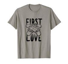 Skateboarding t-shirt tees for rad old school skaterboarders Cool T Shirts, Tee Shirts, Tees, Skateboarding, Old School, Cool Stuff, Mens Tops, Fashion, Moda