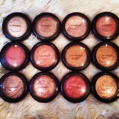 """There's no such thing as having """"too many"""" highlighters ! Not in this life baby!"""