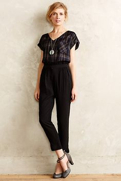 Alna Chiffon Trousers--I love this look, but doubt I could pull off the high wasted pants. Professor Style, Anthropologie Clothing, Pants For Women, Clothes For Women, Uk Fashion, Work Attire, Pretty Outfits, Work Outfits, Casual Dresses