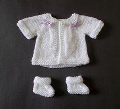 Kid's love dressing their teddies and dolls.