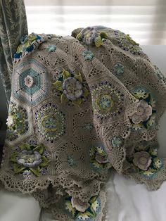 Ravelry: Project Gallery for Frida's Flowers Blanket pattern by Jane Crowfoot Manta Crochet, Crochet Art, Love Crochet, Beautiful Crochet, Vintage Crochet, Crochet Crafts, Crochet Puff Flower, Crochet Flower Patterns, Crochet Blanket Patterns