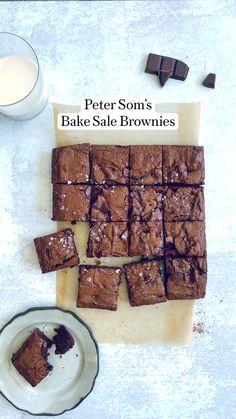 Baking Brownies, Brownie Desserts, Sweet Desserts, Brownie Recipes, Easy Desserts, Sweet Recipes, Delicious Desserts, Dessert Recipes, Yummy Food
