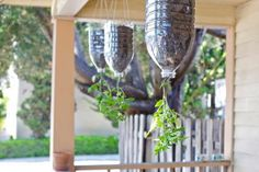 10 Inspired Gardening Projects for Kids *Spring has finally sprung! It's time to get outdoors with your little sprouts and have fun exploring, learning and playing. The garden is a great place to enjoy the best spring has to offer as a family. To get st Garden Projects, Projects For Kids, Container Gardening, Gardening Tips, Organic Gardening, Gardening Vegetables, Garden Plants, Organic Horticulture, Gardening Magazines