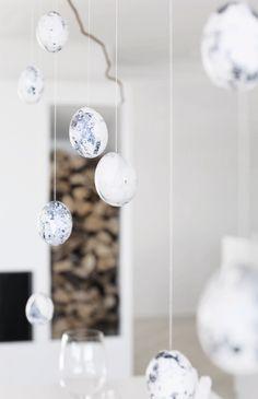 Marble eggs_blue