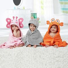 Your child will love bathtime wrapped in this comfy crab character Hooded Towel by Just Born. Not only adorable, but this plush cotton terry towel is also snuggly soft against the skin and keeps your little one cozy and warm before and after bathing. The Babys, Baby Girl Dresses, Baby Dress, Cute Kids Pics, Cute Baby Wallpaper, Baby Girl Patterns, Indian Baby, Towel Dress, Baby Gadgets