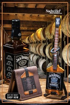 Jack Daniels Gift Set, Jack Daniels Drinks, Jack Daniels Logo, Jack Daniels Bottle, Whiskey Gifts, Cigars And Whiskey, Whisky Jack, Tennessee Whiskey, Nashville Tennessee