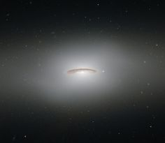 This image of the week from the Hubble Space Telescope gives us a glimpse of the galaxy cataloged as NGC 4526