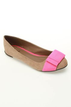 Salya 582 Ballet Flats In Taupe