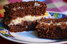 Ultimate Chocolate Coconut Cake - Land of Recipes Food Cakes, Cupcakes, Cupcake Cakes, Types Of Sponge Cake, Cake Types, Different Types Of Cakes, Flourless Chocolate Cakes, Biscuit Cake, Cake Tasting