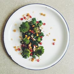 Roasted Romanesco With Kale Sautéed In Harissa Butter, Crispy Chickpeas, Toasted Almonds And Pomegranate Seeds recipe by Chloe Ride Crispy Chickpeas, Pomegranate Seeds, Toasted Almonds, Food Presentation, Quick Easy Meals, Kale, Food Photography, Roast, Butter