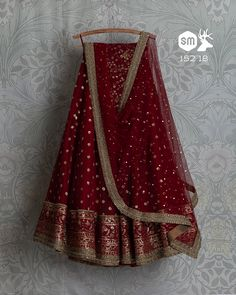 Anarkali/Lehenga cholli Peach pink thread and sequence work india party indian wedding Red Wedding Lehenga, Red Wedding Dresses, Indian Wedding Outfits, Party Wear Dresses, Bridal Outfits, Indian Outfits, Wedding Attire, Wedding Mandap, Wedding Stage
