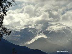 Nubes y montaña..., Las Condes, Santiago, Chile