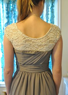 DIY: How to add sleeves to a sleeveless dress -- To go with my hypothetical homecoming/prom dress. Sewing Hacks, Sewing Tutorials, Sewing Projects, Sewing Patterns, Diy Clothing, Sewing Clothes, Dress Sewing, Look Fashion, Diy Fashion
