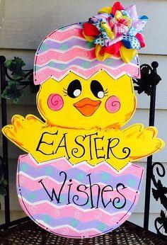 Easter chick door hanger, easter door hanger, spring door hanger by Angelascreativecraft on Etsy https://www.etsy.com/listing/267366854/easter-chick-door-hanger-easter-door