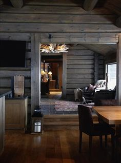 Whether you prefer the classic rustic cabin look or you're wanting to create a space with a more modern air, here are 27 beautiful log cabin interior design ideas to consider. Cabin Interior Design, House Design, Design Bedroom, Cabin Design, Bedroom Decor, Chalet Interior, Interior Livingroom, Kitchen Interior, Cabin Homes