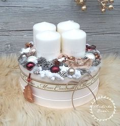 Adventbox - karácsonyi asztaldísz (madarkamuhely) - Meska.hu Christmas Gift Box, Winter Christmas, Christmas Wreaths, Xmas, Silver Christmas Decorations, Advent Wreath, Hat Boxes, Diy And Crafts, Candle Holders