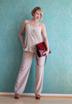 A fashion blog for women over 40 and mature women  Top+Pants: Dorothee Schumacher Sandals: Ugg Australia Bag. Chloé
