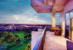 El atardecer sobre el Pacífico se ve más espectacular desde nuestro Newport Beach Marriott Hotel & Spa. #California