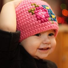 Mamachee | free crochet pattern for this hat (with cross stitch)