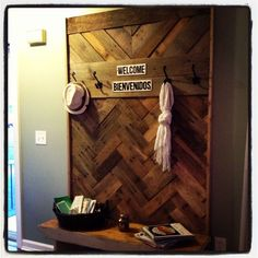 Finally found a use for the old pallets I collected over a year ago. This entry way piece cost us about $30 to make, and makes a huge impact. What a fun project…