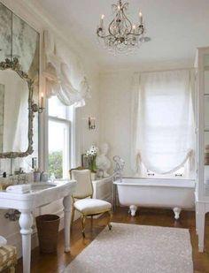 Ideas For Bathroom Themes Popular Modern Small Bathrooms, Vintage Bathrooms, Bathroom Design Small, Amazing Bathrooms, Bathroom Window Coverings, Window In Shower, Bathroom Colors Brown, Bathroom Paint Colors, White Vanity Mirror