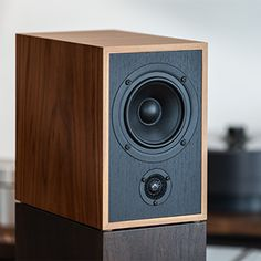 High End Audio, Audio Equipment, Audiophile, Speakers, Tools, Lighting, Diy, Home Decor, Klipsch Speakers