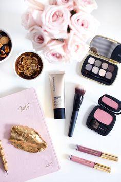 Love this makeup color palette | bareMinerals Complexion Rescue
